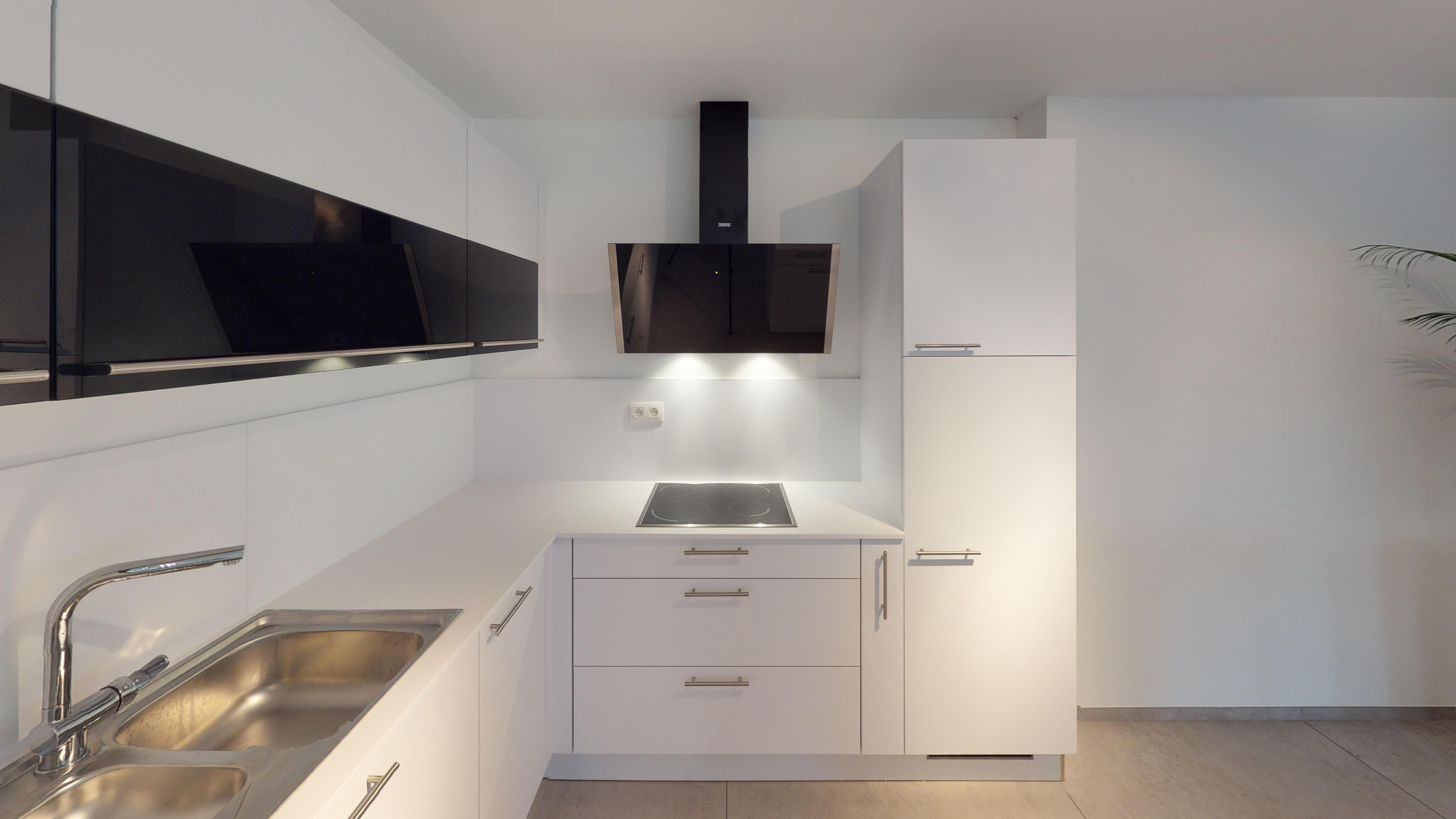 Appartement-temoin-Rue-Chantraine-4420-St-Nicolas-Kitchen